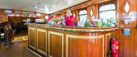 open bar zeilen ijsselmeer